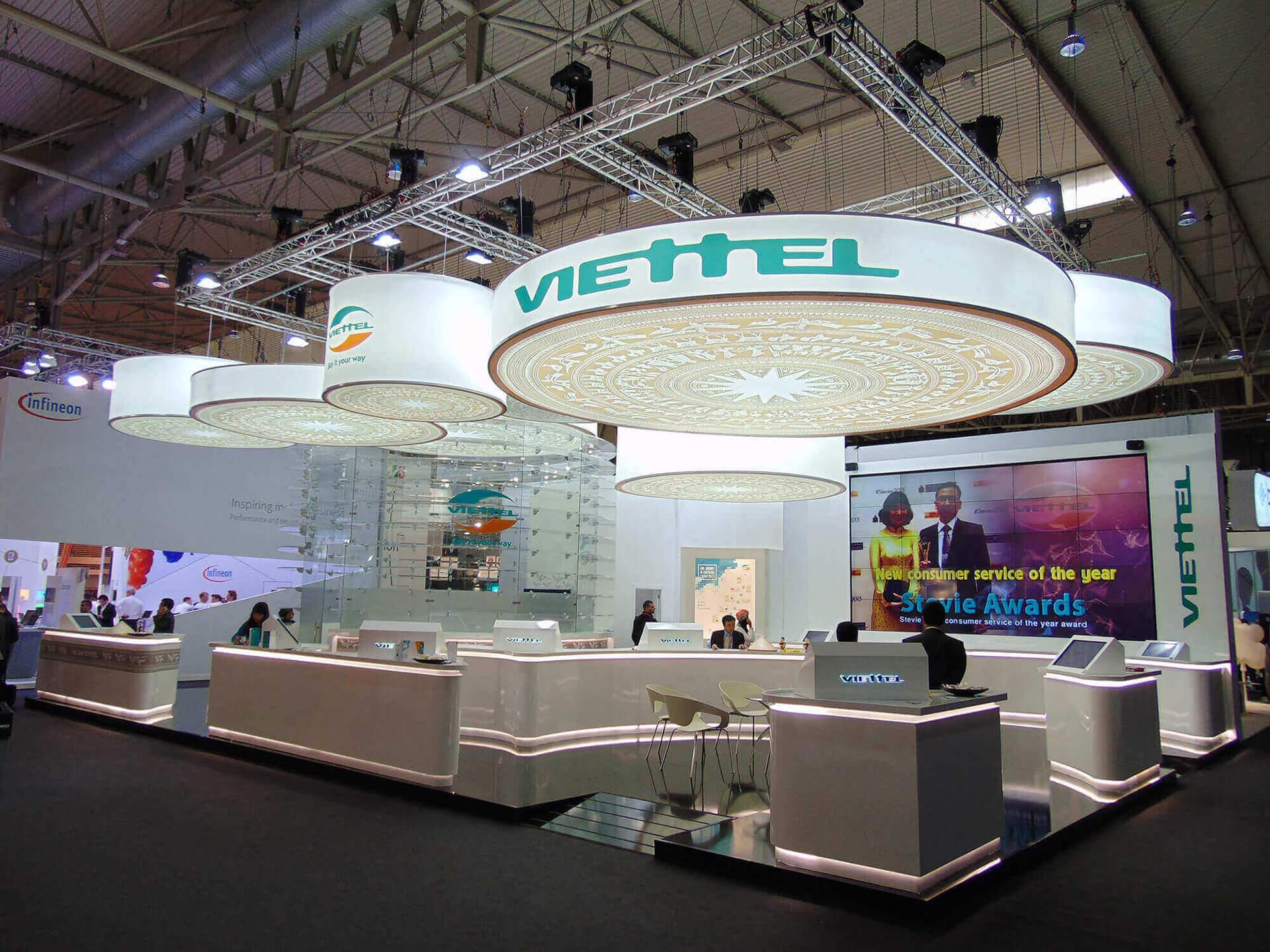 diseño stand MWC angle exhibits empresa construccion stand