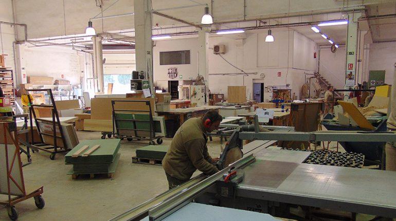 creación Angle Exhibits Production Warehouse