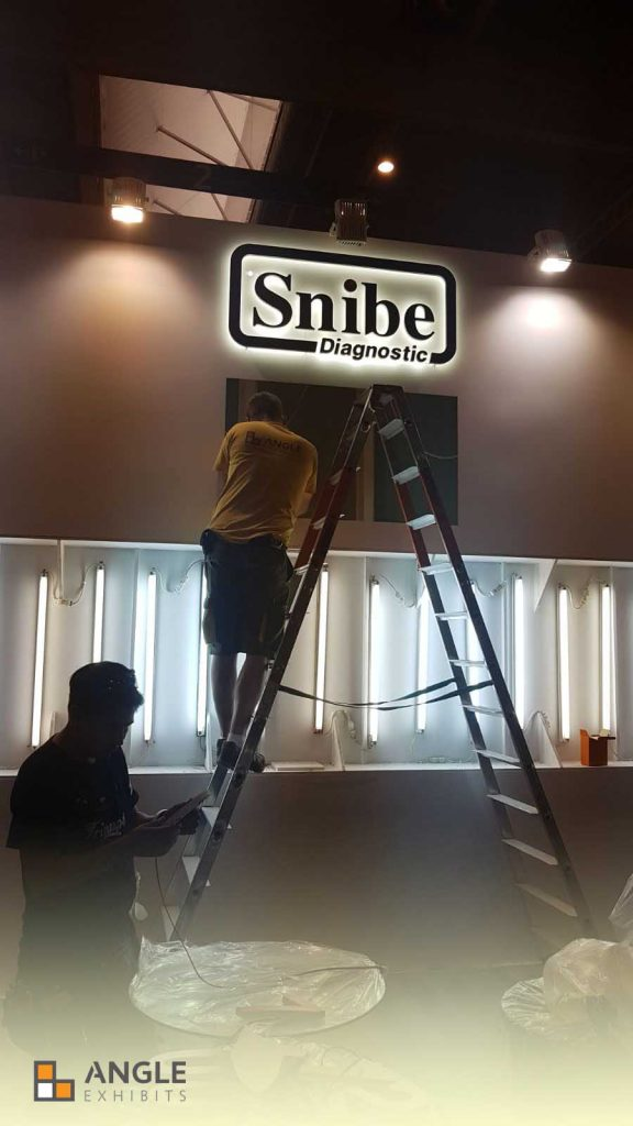 Stand Snibe Diagnostics - Medlab   Angle Exhibits - Design